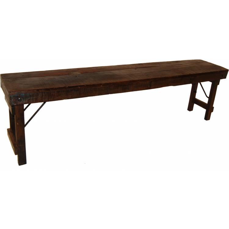 Krásna stará drevená lavica