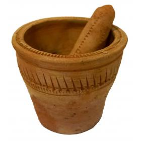 Kladivko s trecou miskou z hliny - len dekorácia