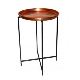 Malý medený stolík