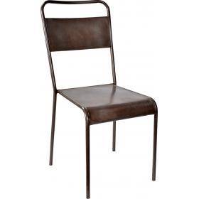 Železná stolička s nadčasovým dizajnom