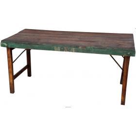 Esstisch aus Holz mit Eisengestell