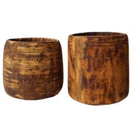 Holzgefäß aus hellem Holz