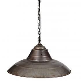 Stropná lampa v industriálnom dizajne