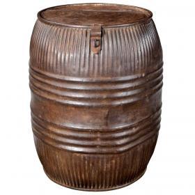 Kovový sud z vrchnákom - dekorácia