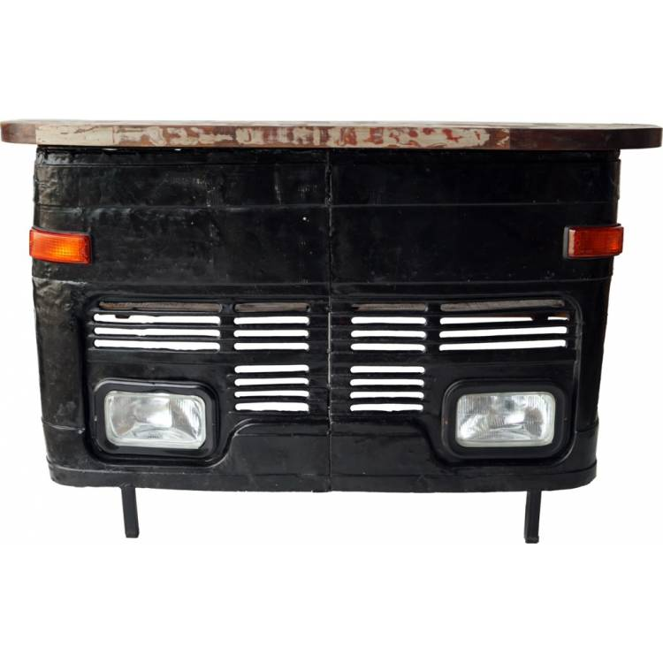 A bar desk from front-mask of an old car