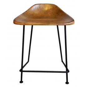 Kožená stolička na kovových nohách