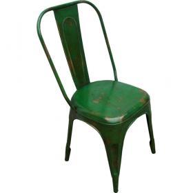 Zelená kovová stolička s patinou