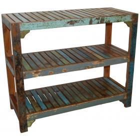 Regál z recyklovaného dreva