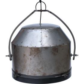 Kovová industrálna lampa