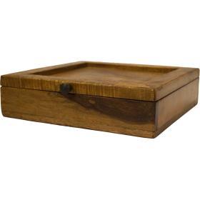 Malá drevená krabička s vekom