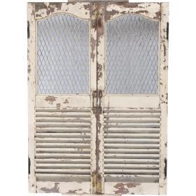 Staré drevené okenice