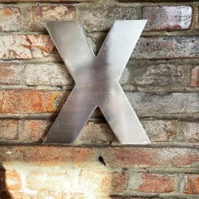 Kovové písmeno - X