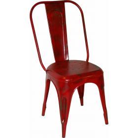 Červená kovová stolička s patinou