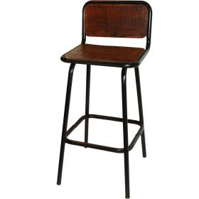 Bar stool with recycled wood